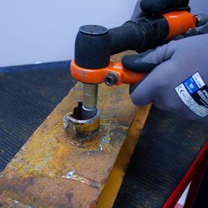A-0007 Bolt Cutting Application